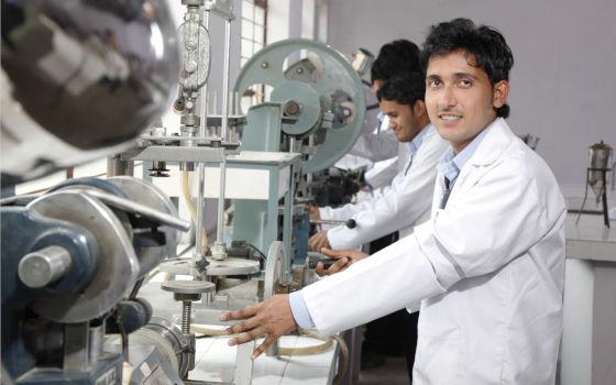 Best college b.pharma in Agra