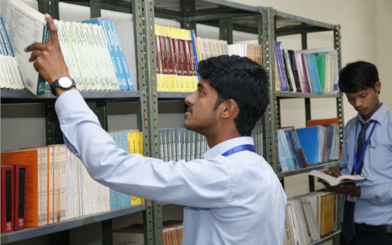 Best placement colleges for b pharm in Agra